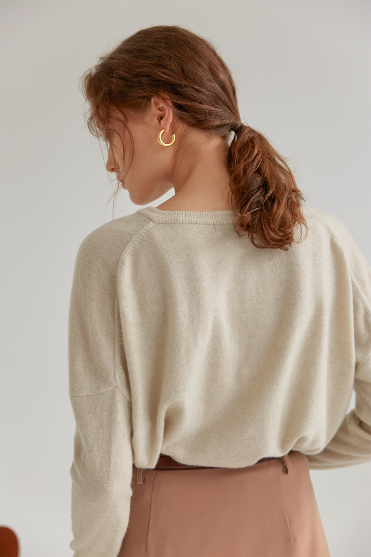 anthese rento cashmere v-neck knit, oatmeal (50%)