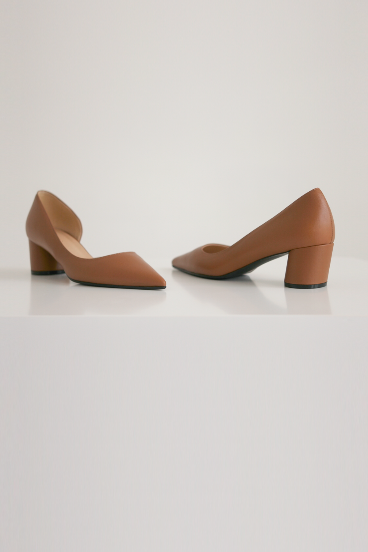 anthese Pin stiletto heel,camel