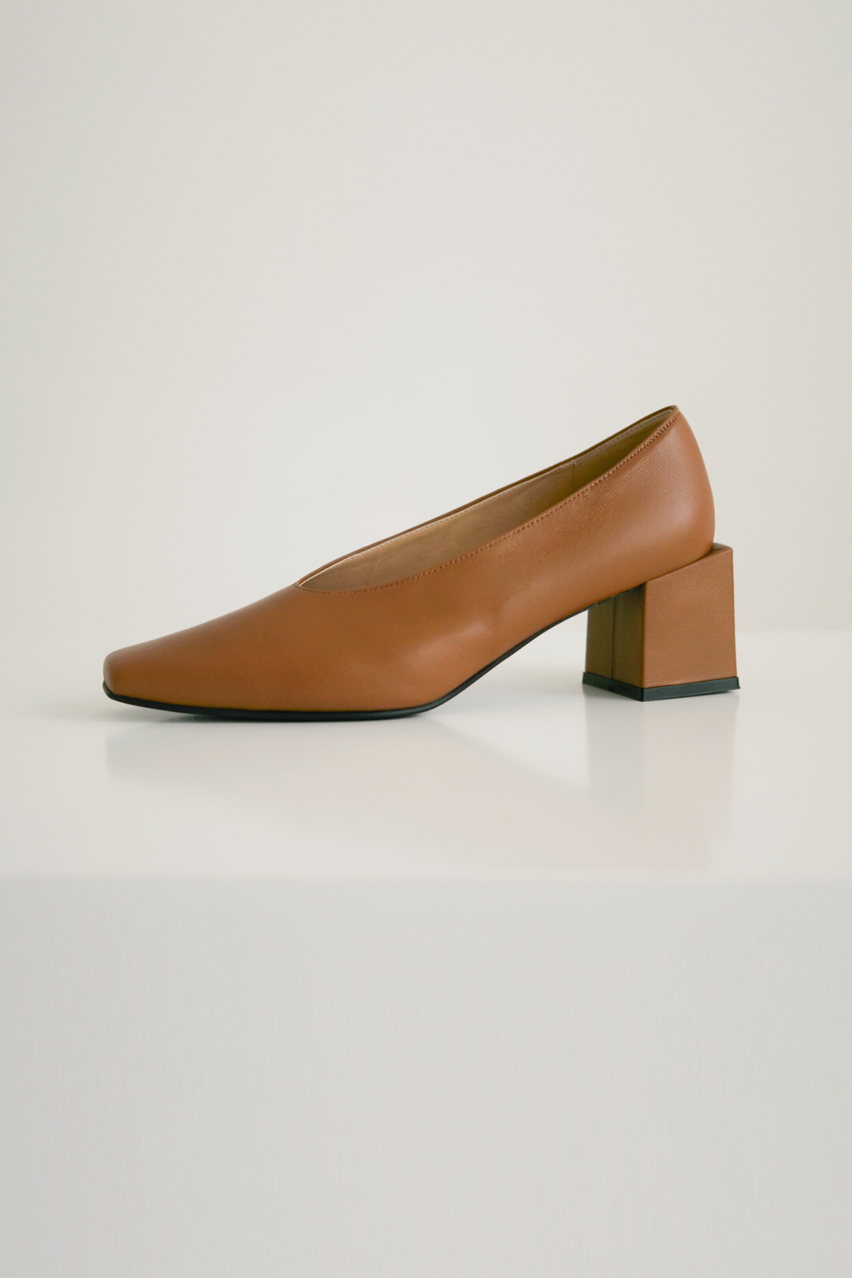 anthese venica square middle heel, camel