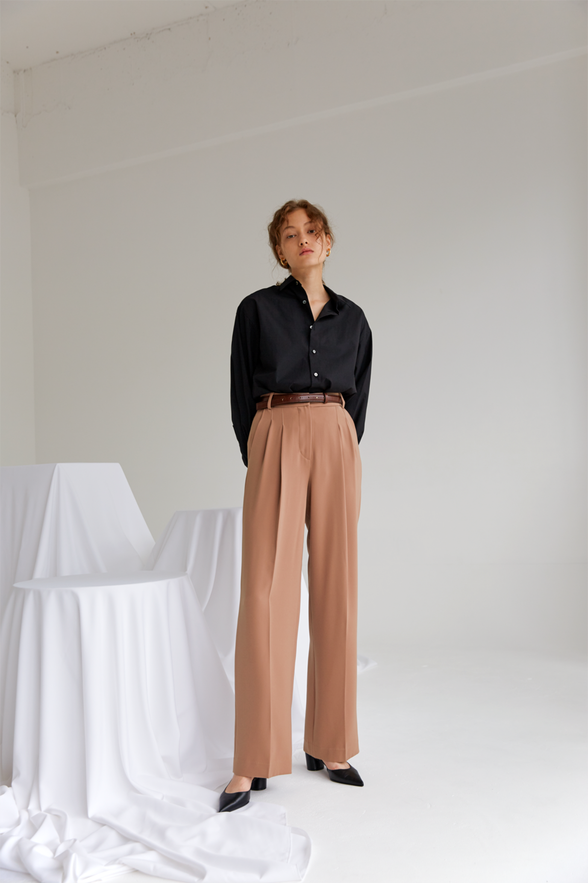 anthese ette pintuck slacks, beige