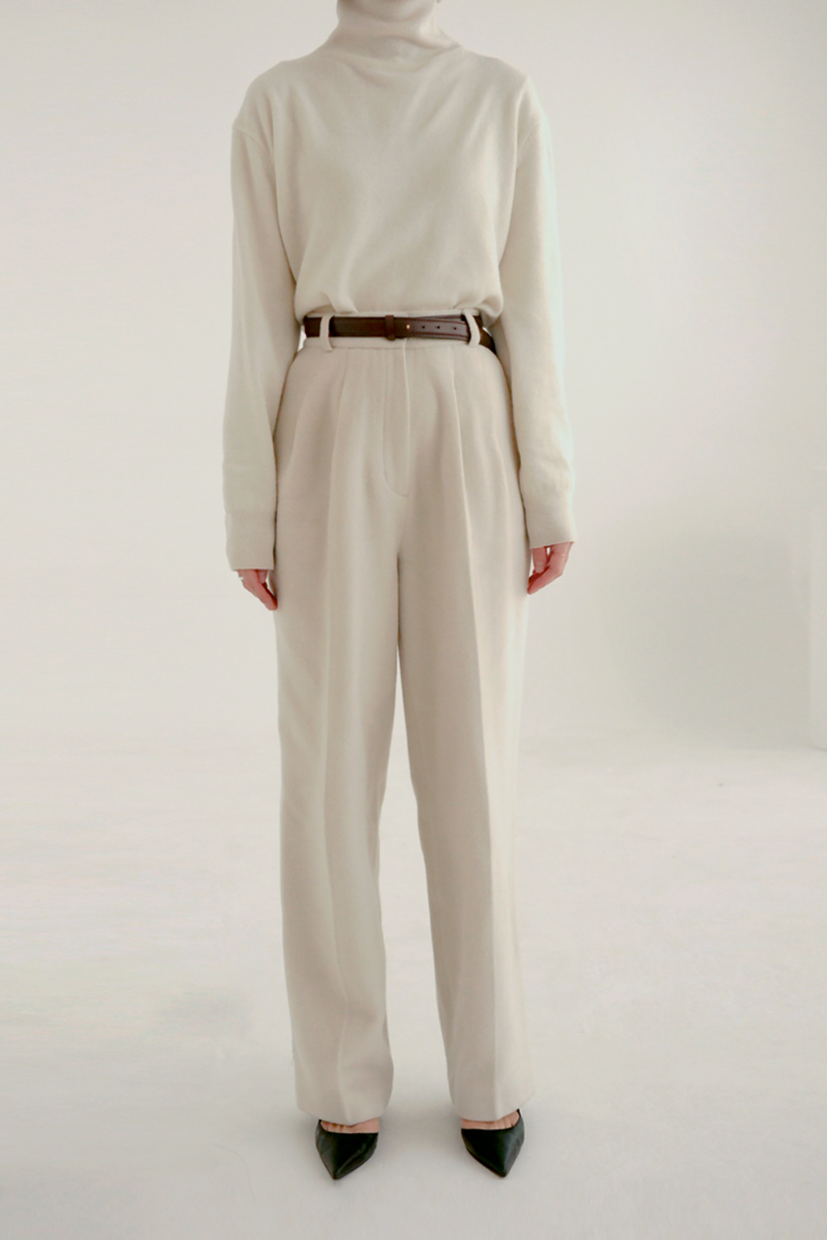 anthese soft wool pintuck slacks, ivory
