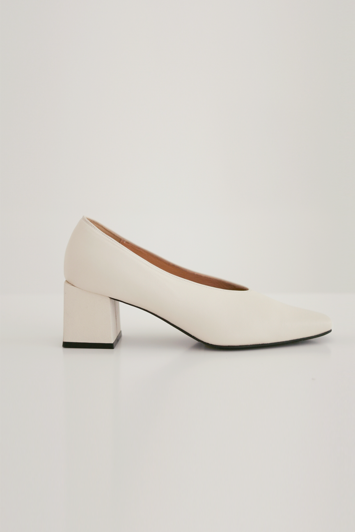 anthese venica square middle heel, ivory